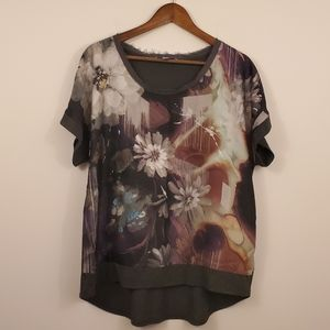 Simply Vera Wang flower Abstract top size large